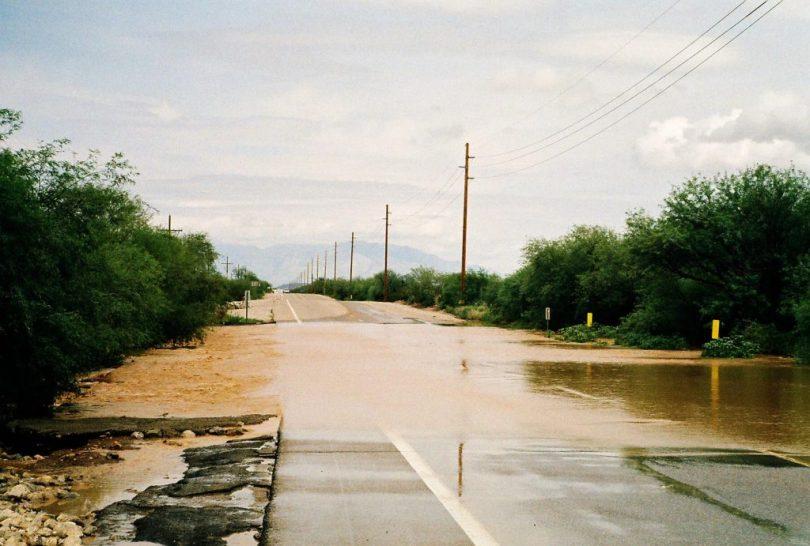 Flash_flood_near_tucson_az_2-1024x691
